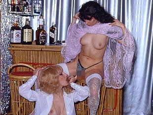 Reife lesbische Muschi lecken